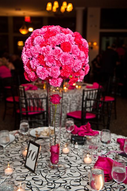 A Stunning Mix Of Vibrant Red And Hot Pink Carnations Would Make Dramatic Centerpiece For Any Wedding