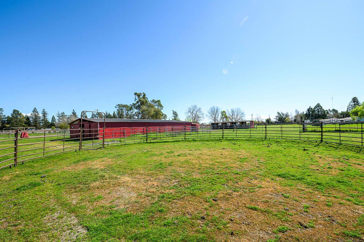 Equestrian estate for sale in sonoma county california