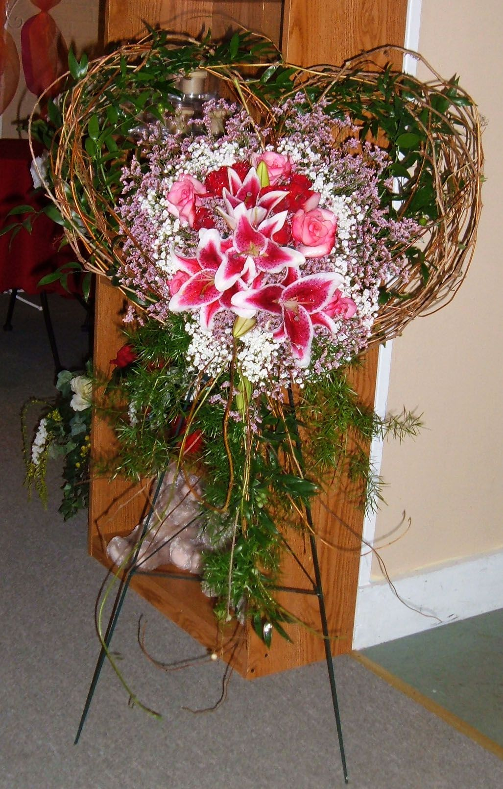 Special funeral piece for a family member tribute unique designs special funeral piece for a family member tribute funeral flowers izmirmasajfo