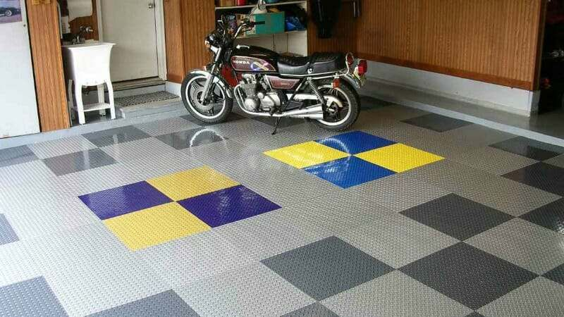 What you Should Know about Peel and Stick Garage Tiles