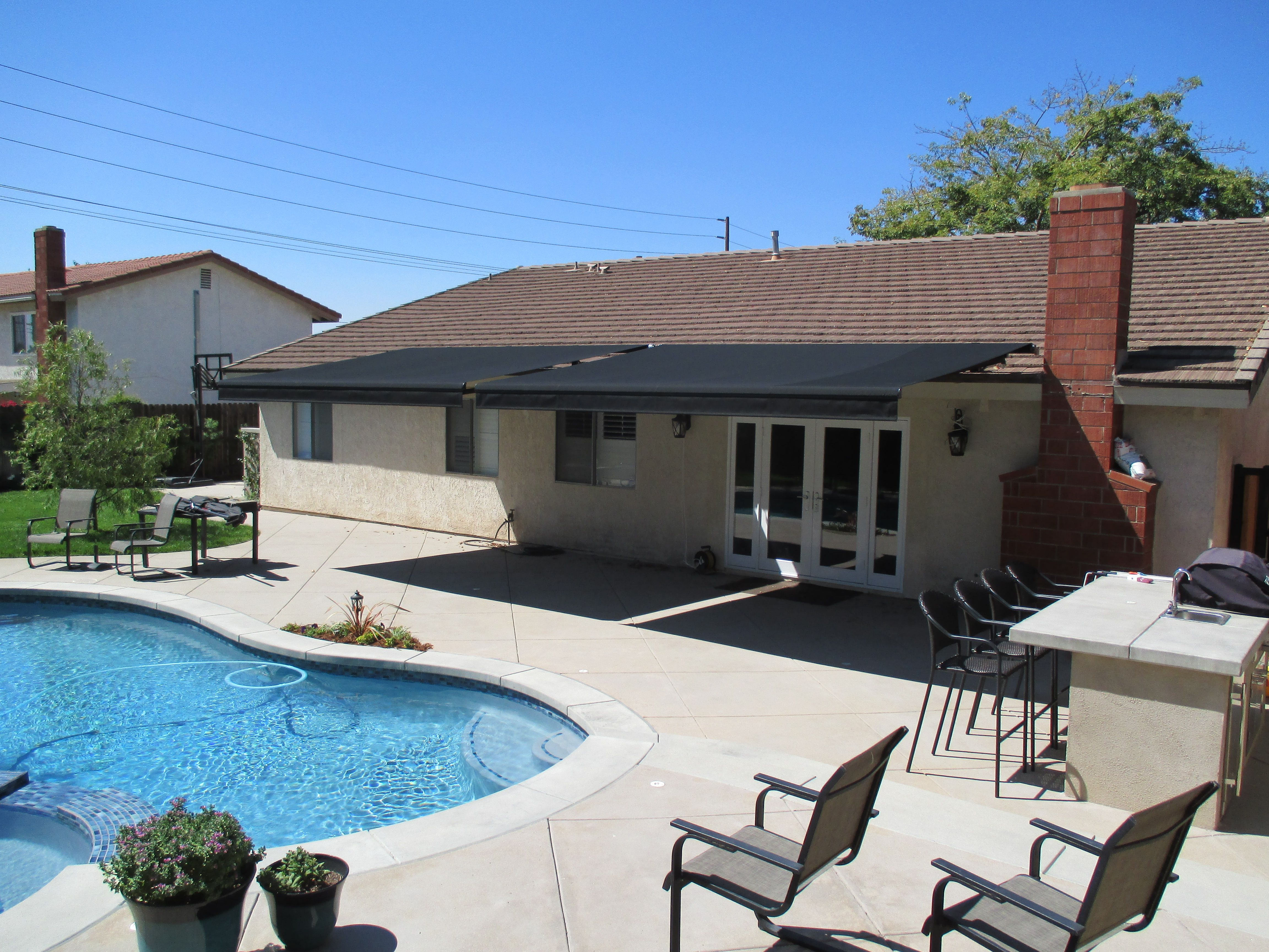 1 Motorized Retractable Awning Company In La Verne California