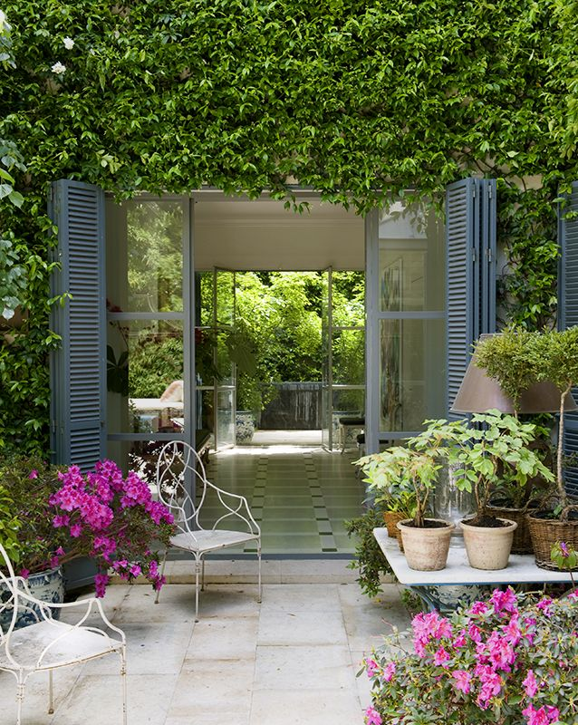 El viso casa de isabel lopez quesada madrid the viso for Pinterest outdoor garden rooms