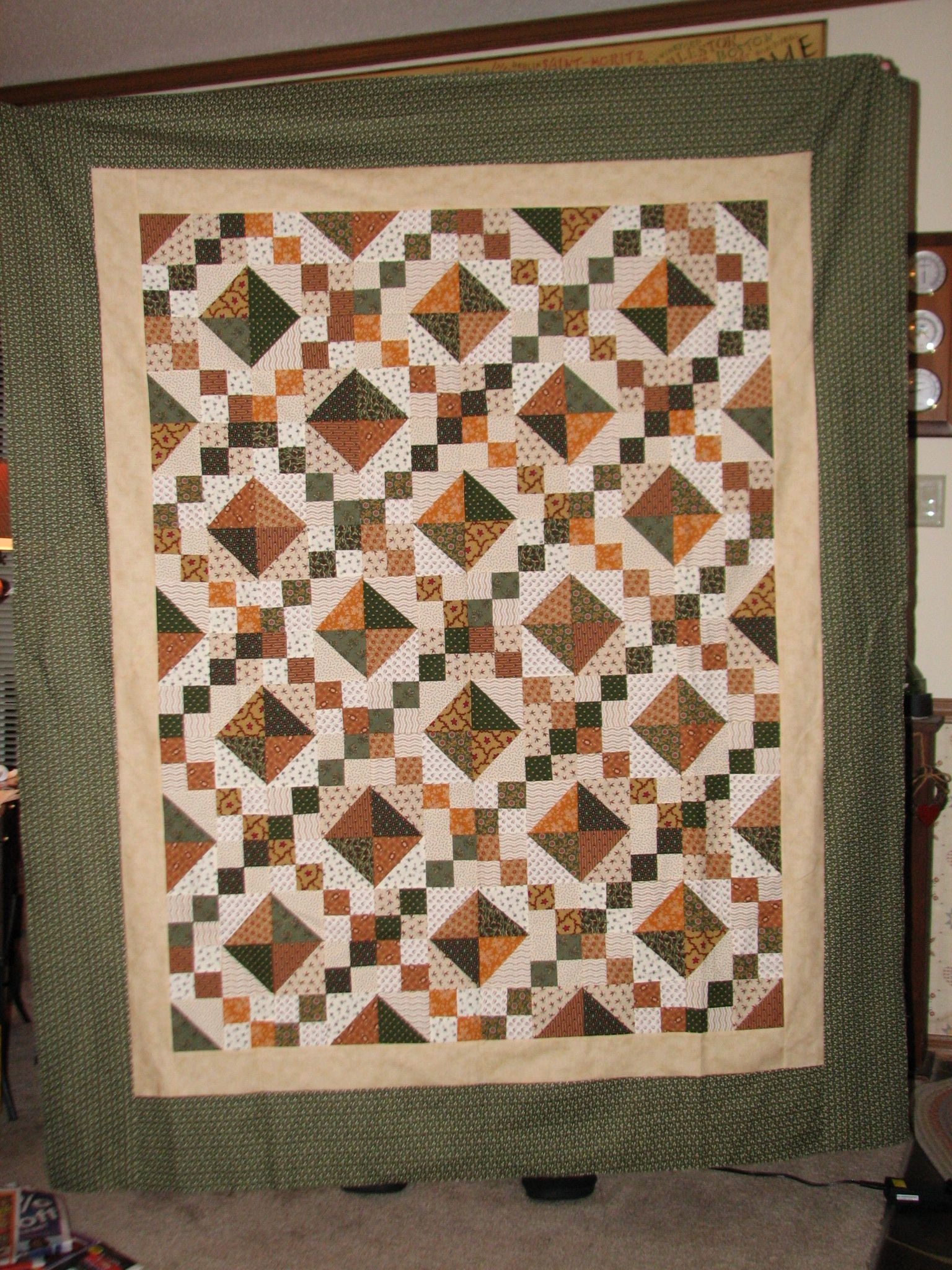 My Mystery Quilt A Class I Took In My Quilt Guild Golden Oldie Design By Judy Hopkins Quilt Guild Mystery Quilt Patch Quilt
