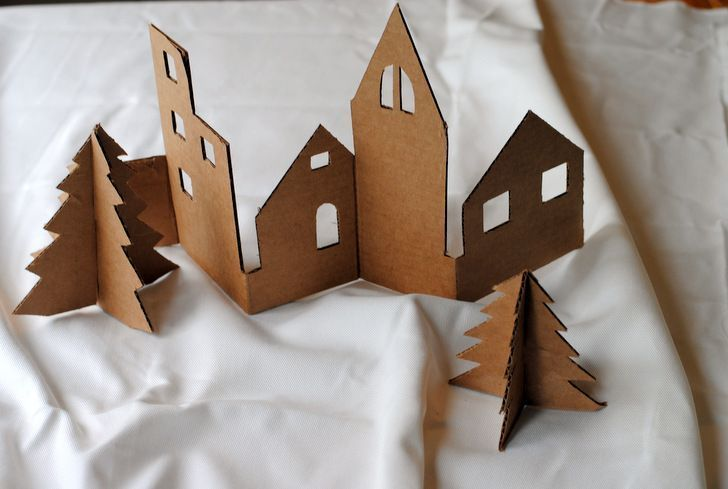 Photo of DIY: Create a charming Christmas village from recycled cardboard – Upcycling Bl …