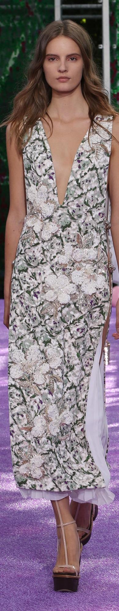Cristian Dior fall 2015 couture www.dior.com