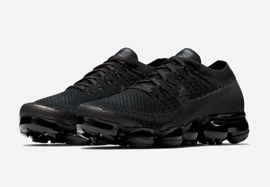 san francisco c9b05 fa02f Nike Air Vapormax Flyknit Triple Black 2.0   849557-011 Release Date  Sep  28, 2017 Price   190  vapormax  airmax  nike  gym  run  fashion  style