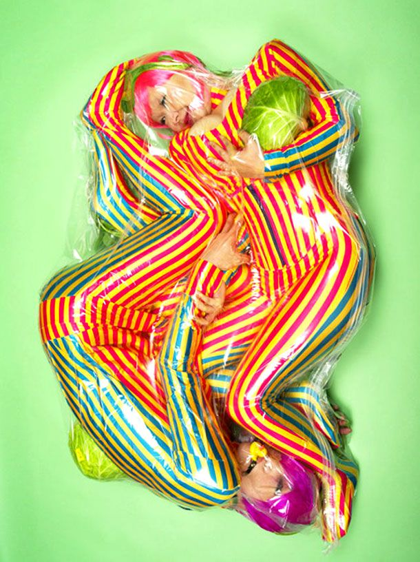 Peculiar Portraits Of Japanese Lovers Sealed In Plastic