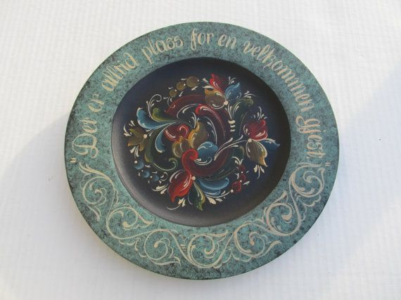 """Beautiful Norwegian Rosemaling in Telemark Style on a 12"""" Bass Wood Plate"""