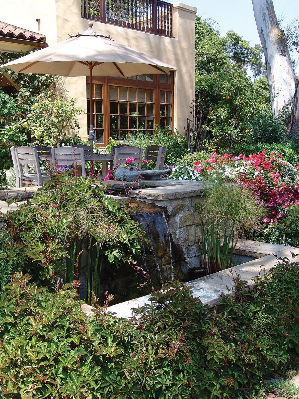 an ultimate backyard in los angeles scrapbook design2share