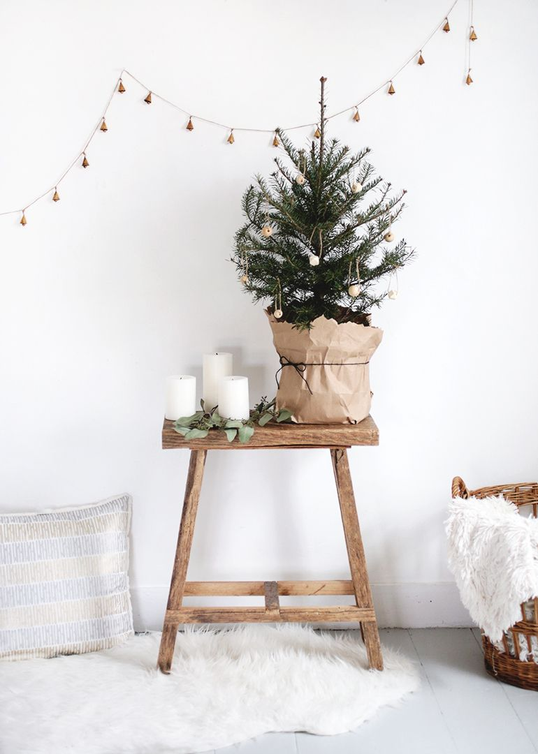 Photo of Small Christmas Tree + Simple DIY Wooden Ornaments