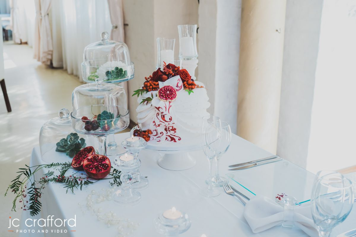 Red ivory inspired style shoot at Casablanca Manor www ...