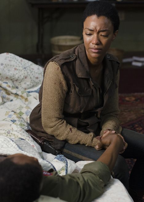 """""""So what is it? The good that comes out of this bad?"""" The Walking Dead 5x03 """"Four Walls and a Roof"""" Sasha and Bob"""