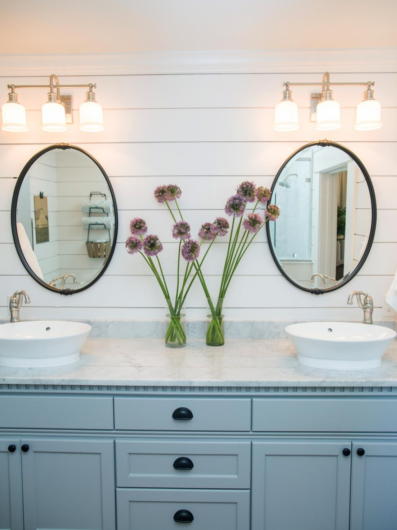 5 Things Every Fixer Upper Inspired Farmhouse Bathroom Needs Modern Farmhouse Bathroom Bathroom Vanity Remodel Bathroom Makeover