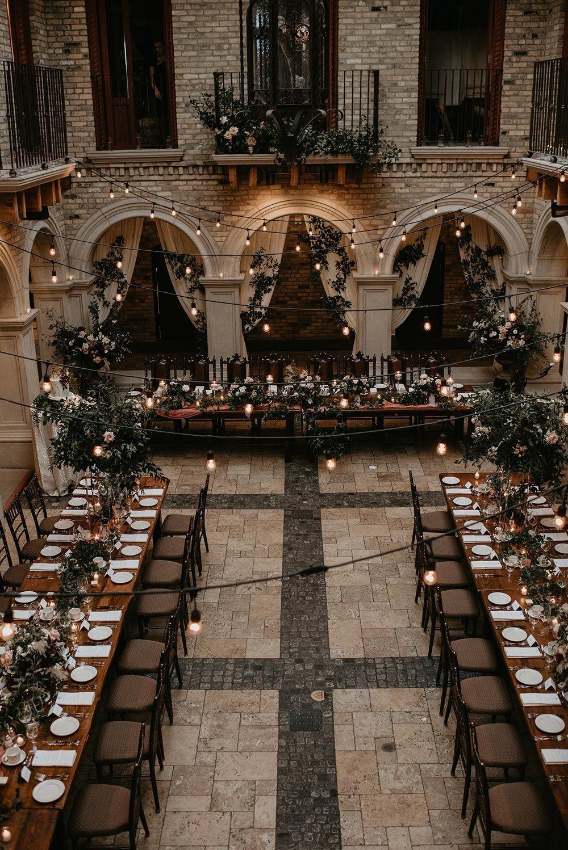 Photo of Elegante grüne Hochzeit mit burgunderfarbenen Farben #Hochzeit Elegante grüne Hochzeit mit …