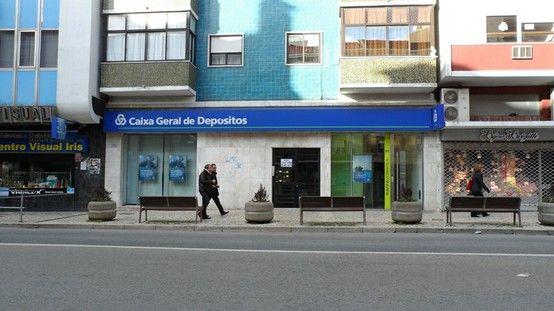 Agencia Central Amadora Avenida Da Republica 32 A 2700 710 Amadora Telefone 214988300 Fax 214988317 Caixa Geral Amadoras Agencias