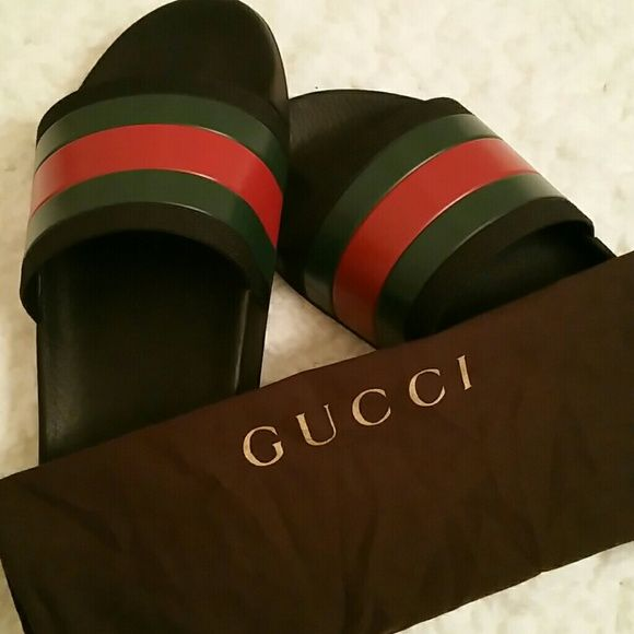 99abab16ee2dee Gucci Flip Flop (Mens) Used Authentic Gucci Sandals Sz 10 9 10 overall  Condition Some minor scuffing on sandal as pictured Gently Used Dust Bag  Incl. Too ...