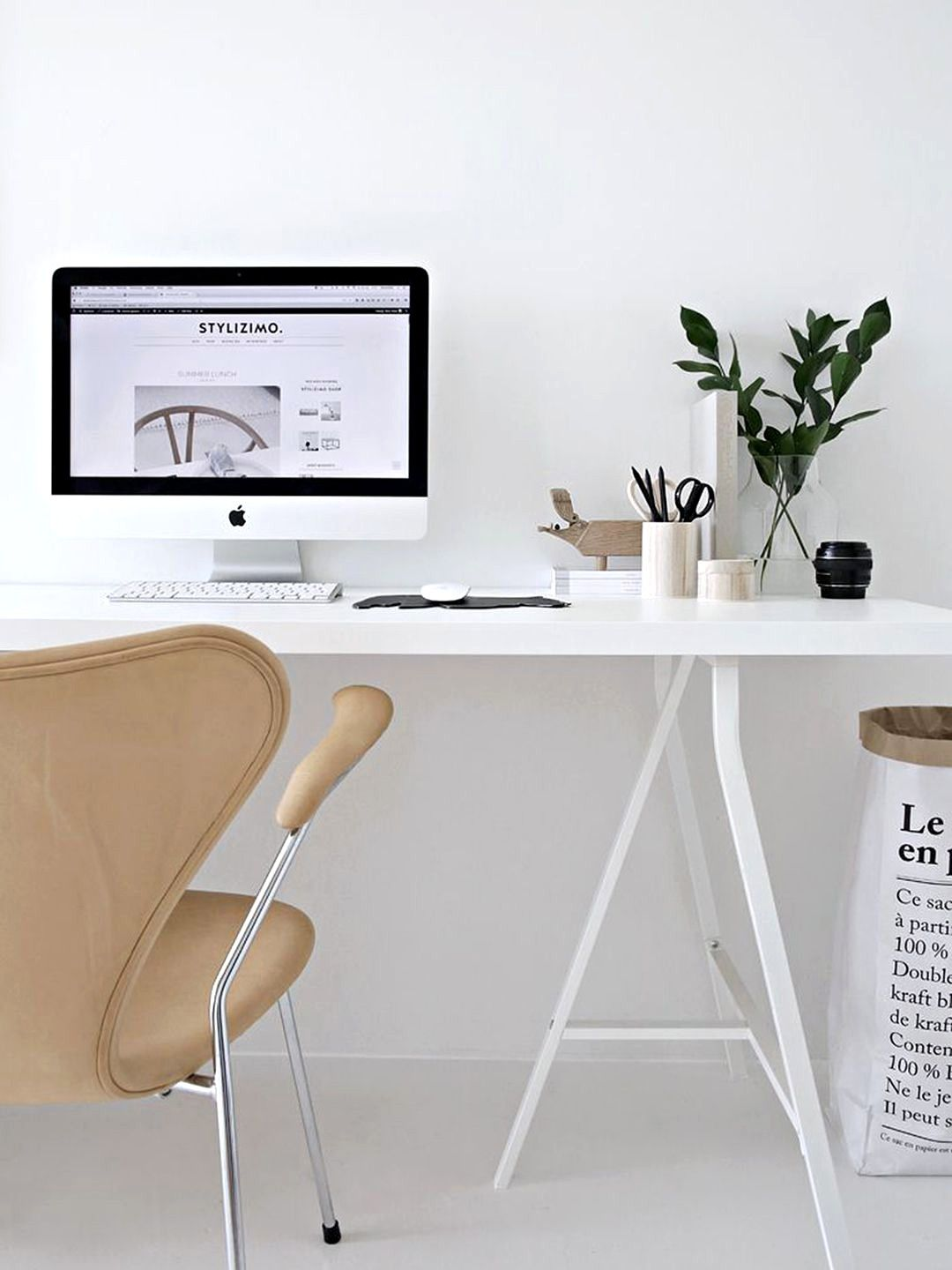 Awesome Home Decor Ideas. Minimalist Home Desk Workplace Is One Place That Is Now  Among The Trends Among Workers, Particularly Homeworkers.