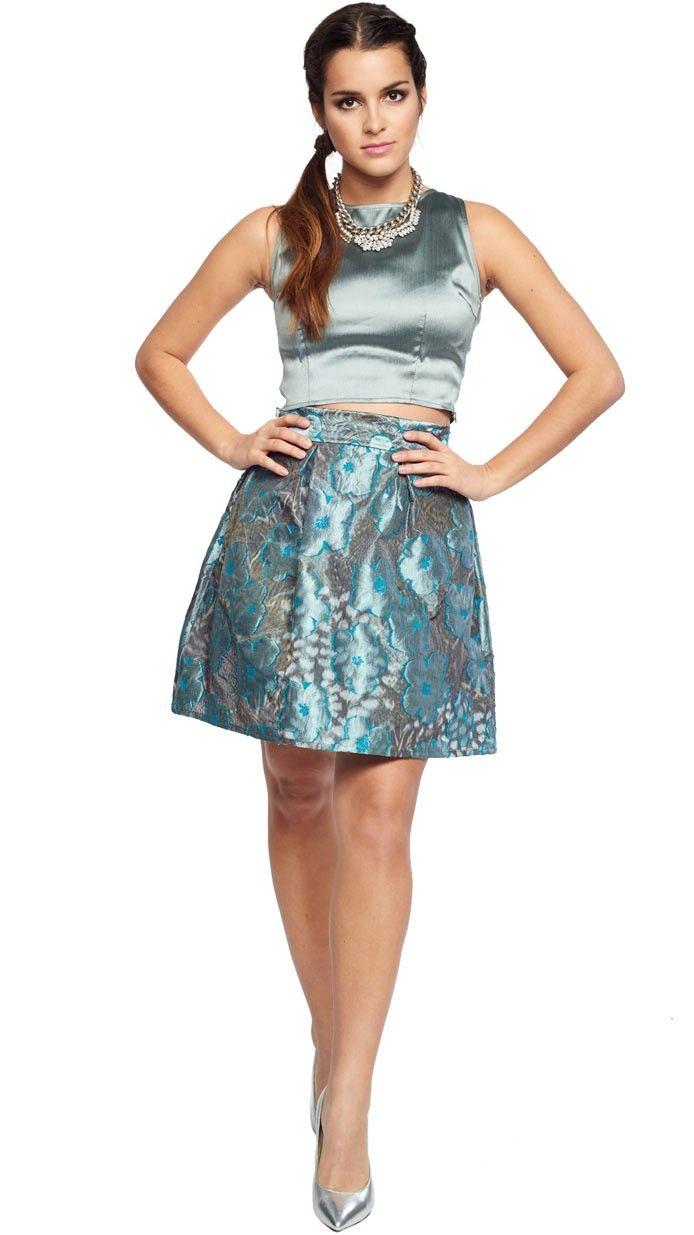 falda corta estampada flores en gris y azul brillo para fiesta ...