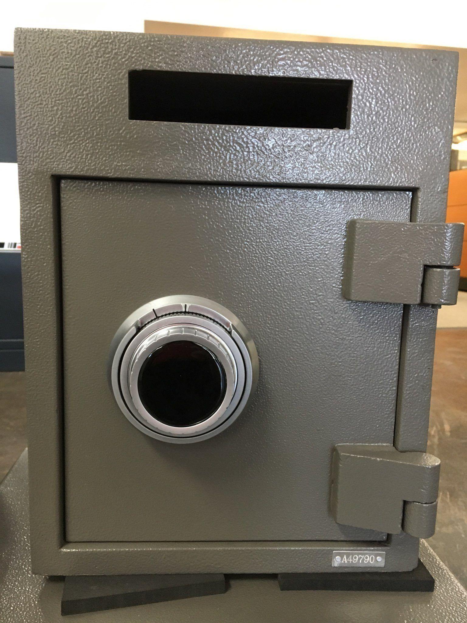 SafeandVaultStore F1310S Cash Management Utility Chest