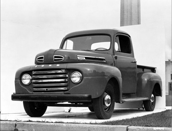 Timeline History Of The Ford F 150 Vintage Pickup Trucks Ford