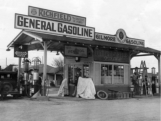 Pin By Barbie On Full Service Has Stations Old Gas Stations Gas