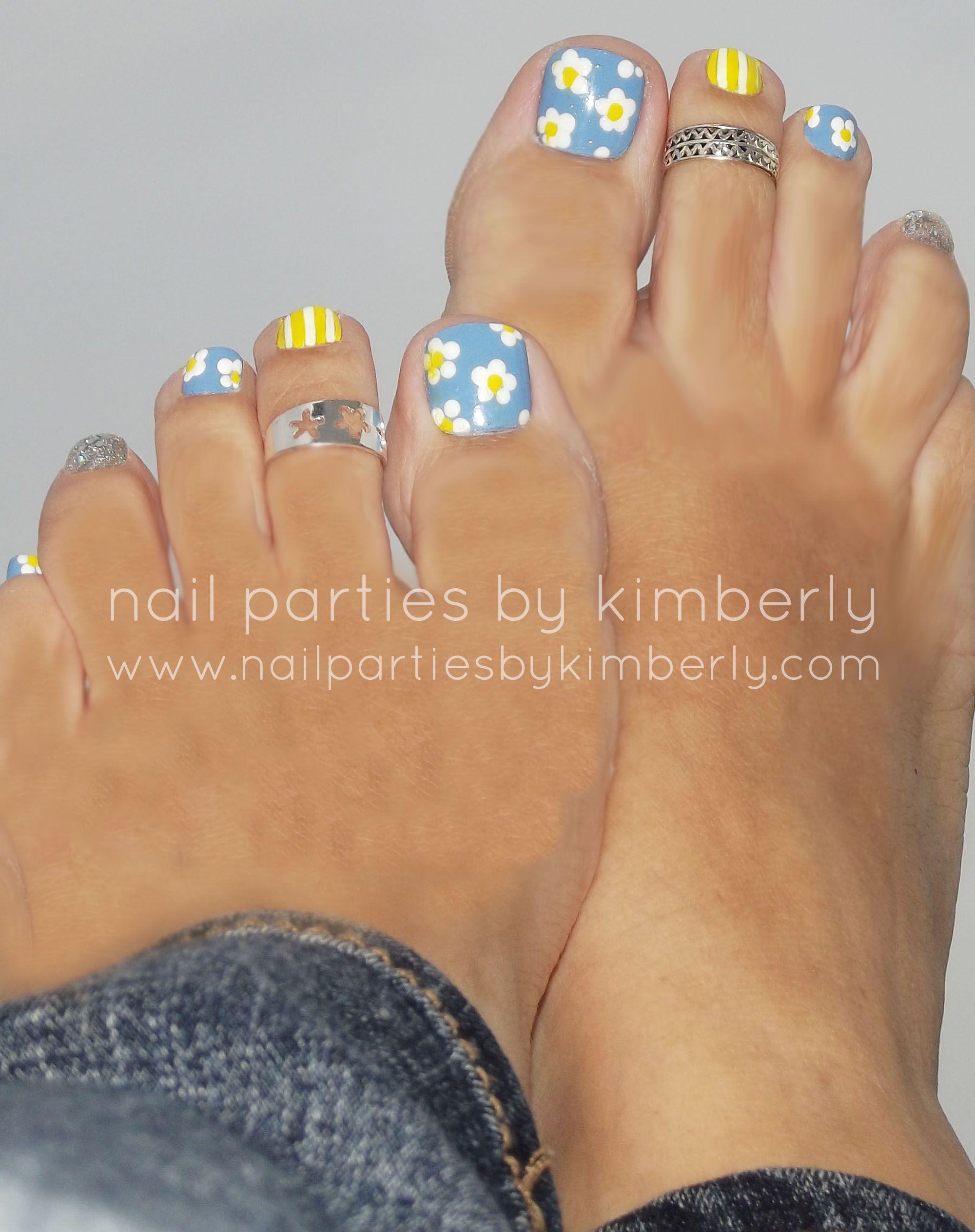Pretty Spring Nail Art Toenail Art That Is Good Color Combo