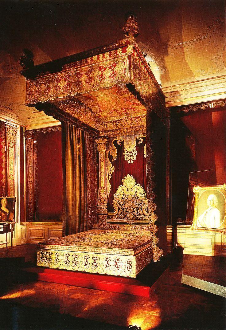 Schonbrunn Palace Interior  schonburnn palace interior