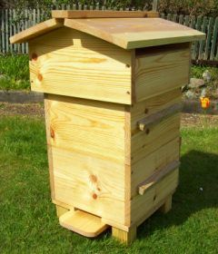 Warre bee hive. I do recommand it | Bee keeping, Top bar ...