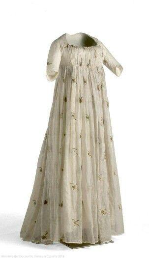 1795-1805, Spain Linen, silk, metal Museo del Traje