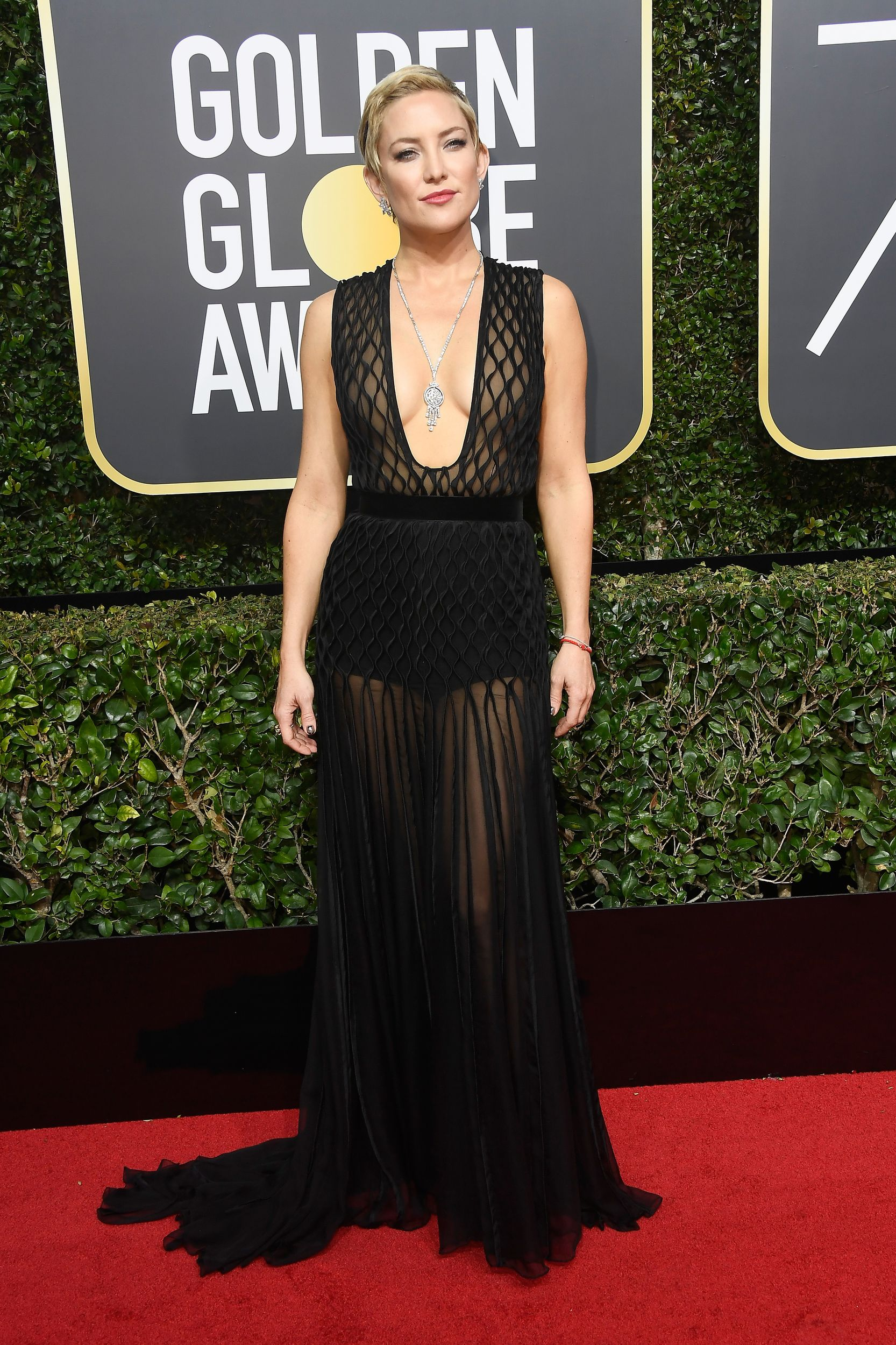 Nicole Kidman S Givenchy Gown Was One Of The Prettiest Dresses At The 2018 Golden Globes Red Carpet Dresses Golden Globes Dresses Nice Dresses