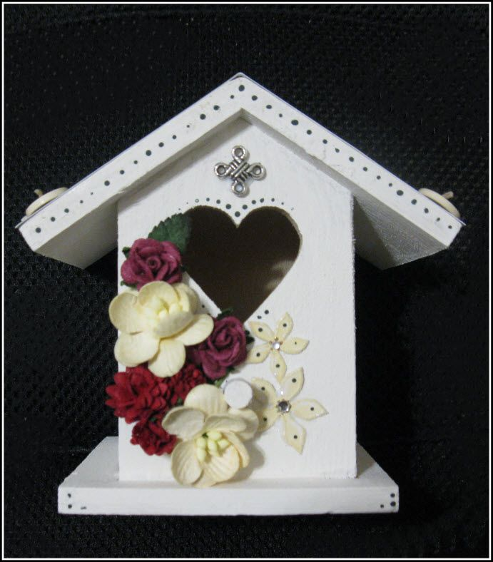 Small Birdhouse with Irish Charm