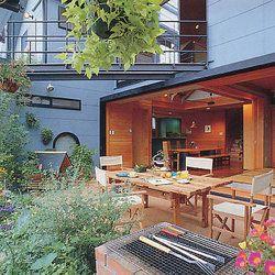 雨が降ってもバーベキュー出来る家 家 建築 アウトドアライフ