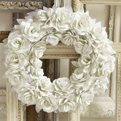 DIY Paper Rose Wreath Wedding Decor