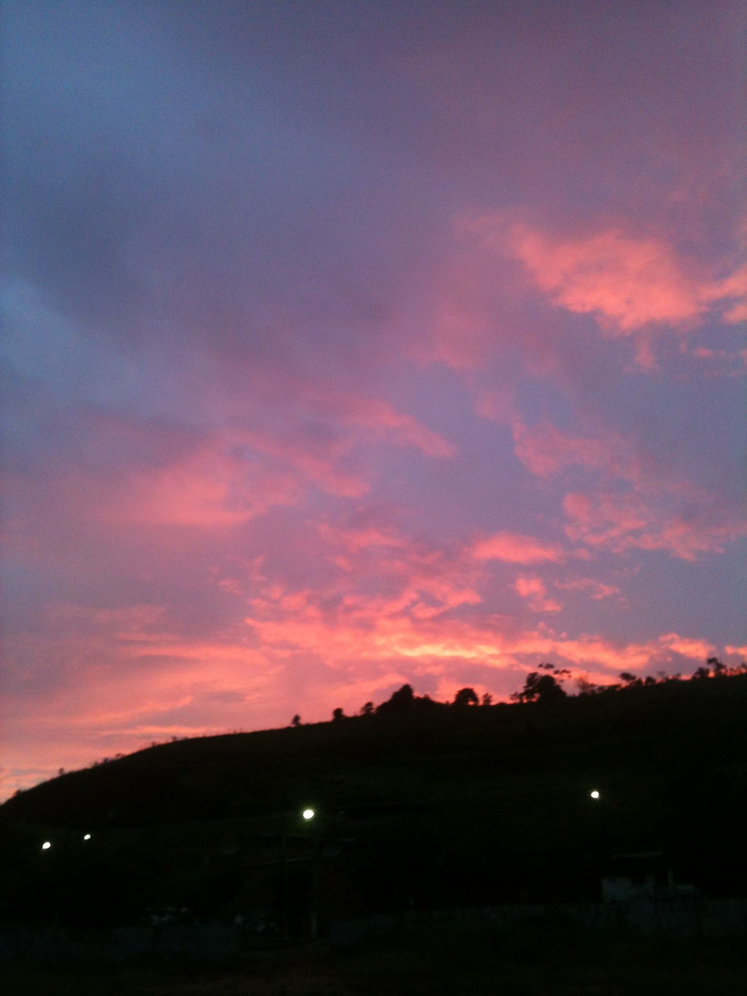 Morning sunshine in Lima Duarte, MG - Brasil