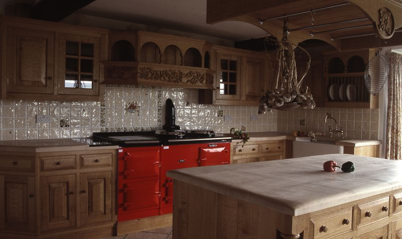 traditional oak kitchens, luxury kitchen design, bespoke kitchens