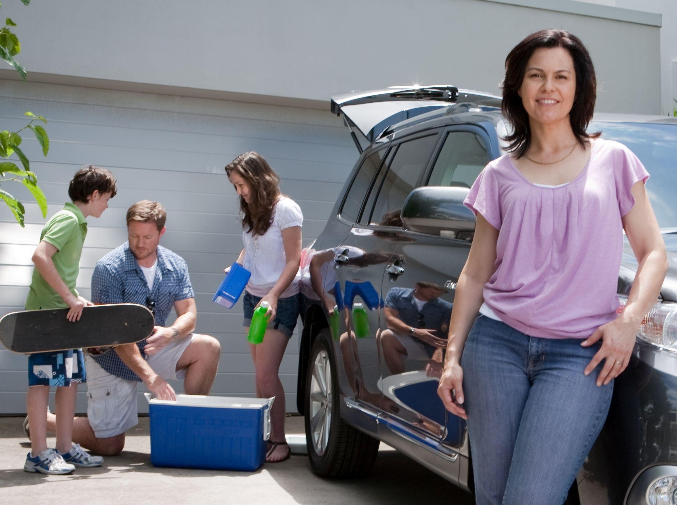 Australian American actress Katherine Hynes in Australian TV