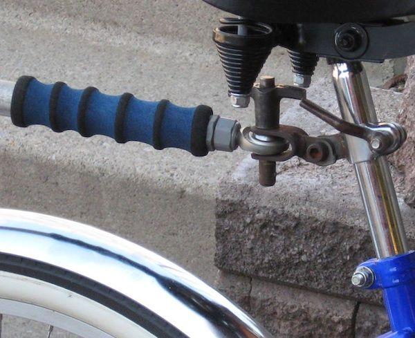 diy-seatpost-bike-trailer-hitch-detail2-600x489