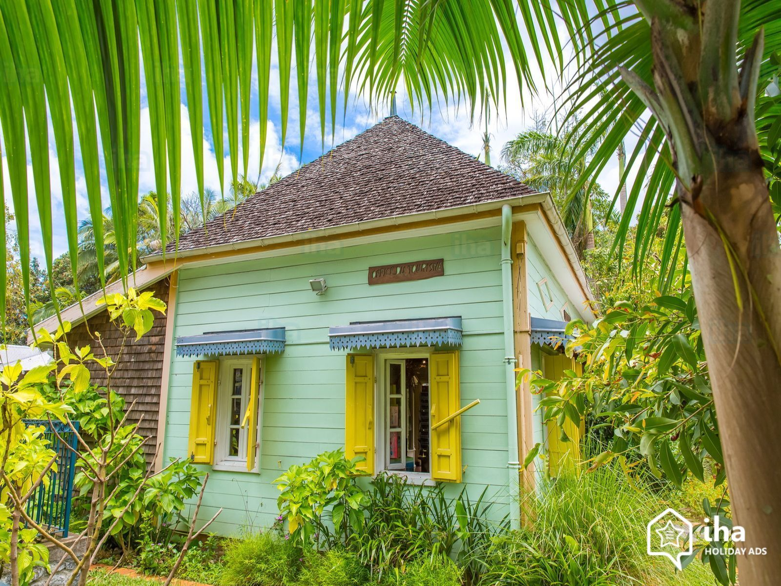 Plan dune maison creole for Plan maison creole traditionnelle
