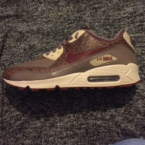 1b4bf1da99 ... spain womens air max 90 premium orewood brown rare basically new gently  used limited edition nike