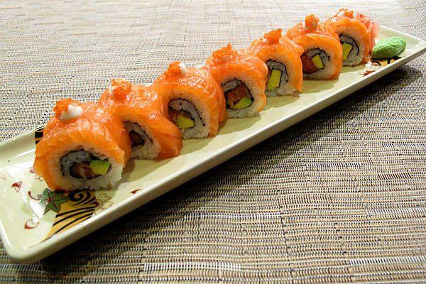 Resep Membuat Sushi Salmon Rumahan Masakan Kepiting Udang