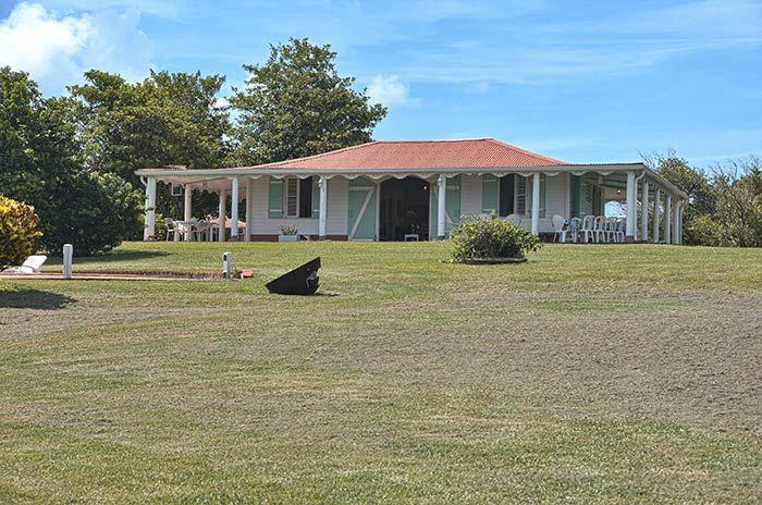 Maison coloniale maisons cr oles pinterest maisons for Plan maison coloniale