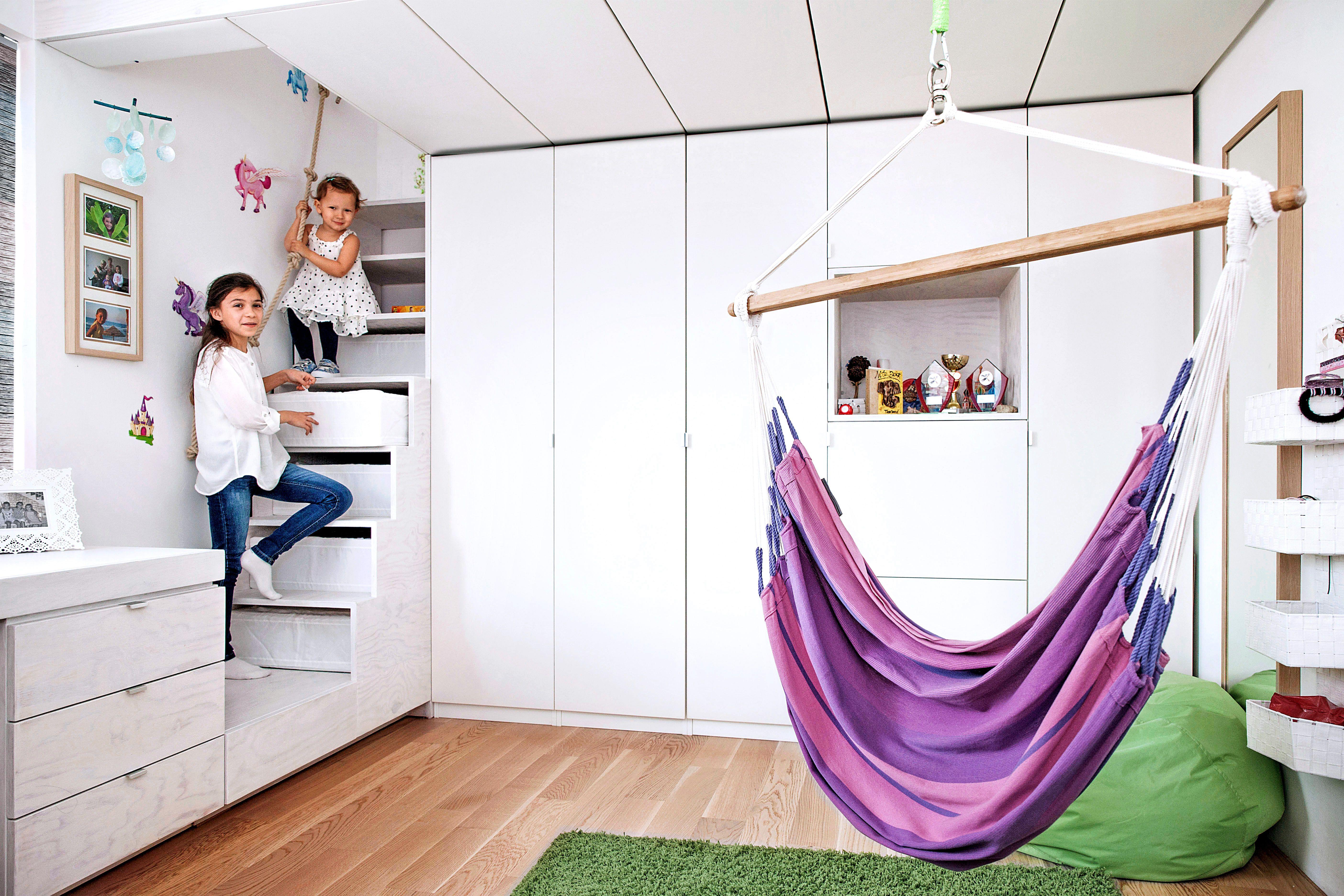 Das Raummobel Fur Die Kinder Bett Schrank Schreibtisch Und