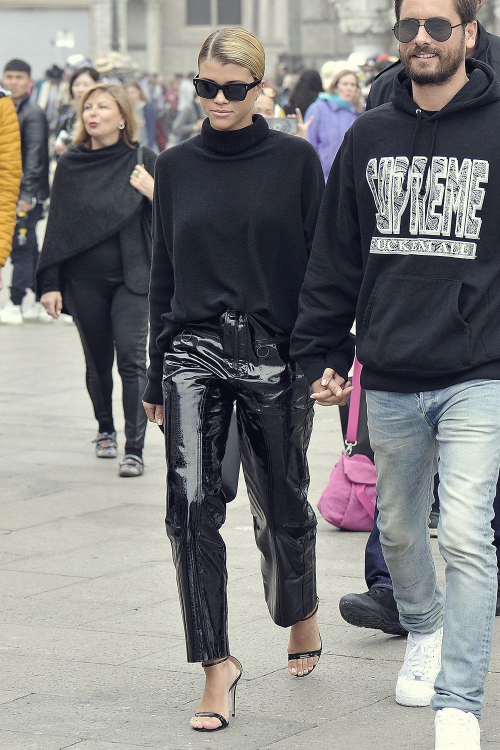 Sofia Richie out in Venice | Sofia richie, Trendy outfits