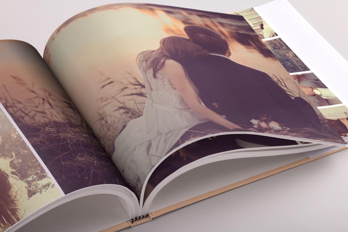 Love es una fantástica plantilla de un album de fotos para InDesign ...