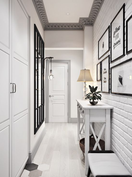 Шкаф, пол, кирпичная стена, потолок