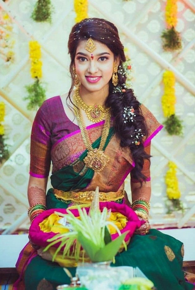 Pin By Ayumaes On Beautiful Brides South Indian Wedding Hairstyles Indian Bride Hairstyle Saree Hairstyles