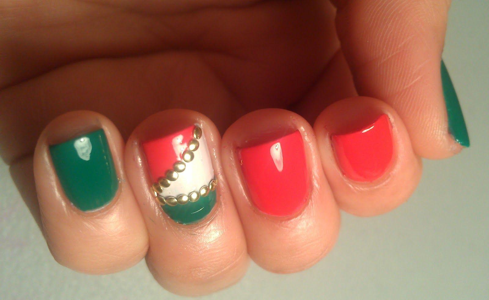 italian flag nails - Google Search | Nail Art | Pinterest | Flag ...