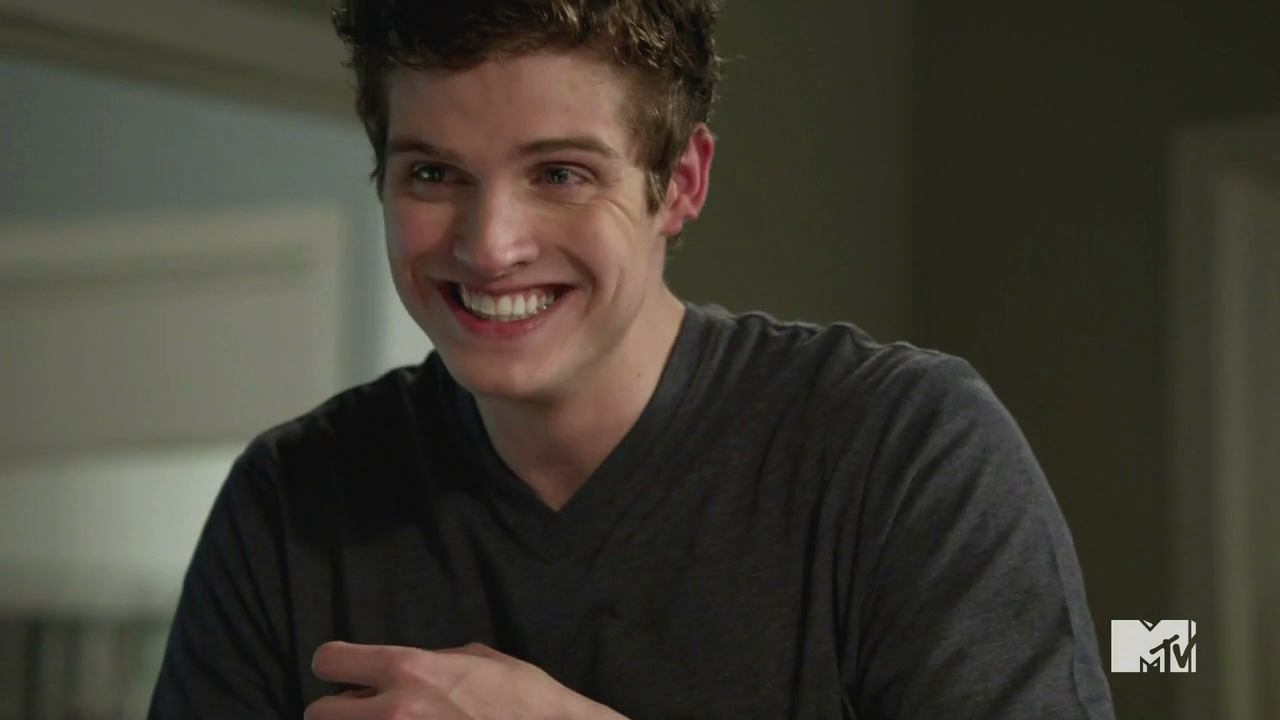 Isaac Lahey from Teen Wolf characters that disappeared