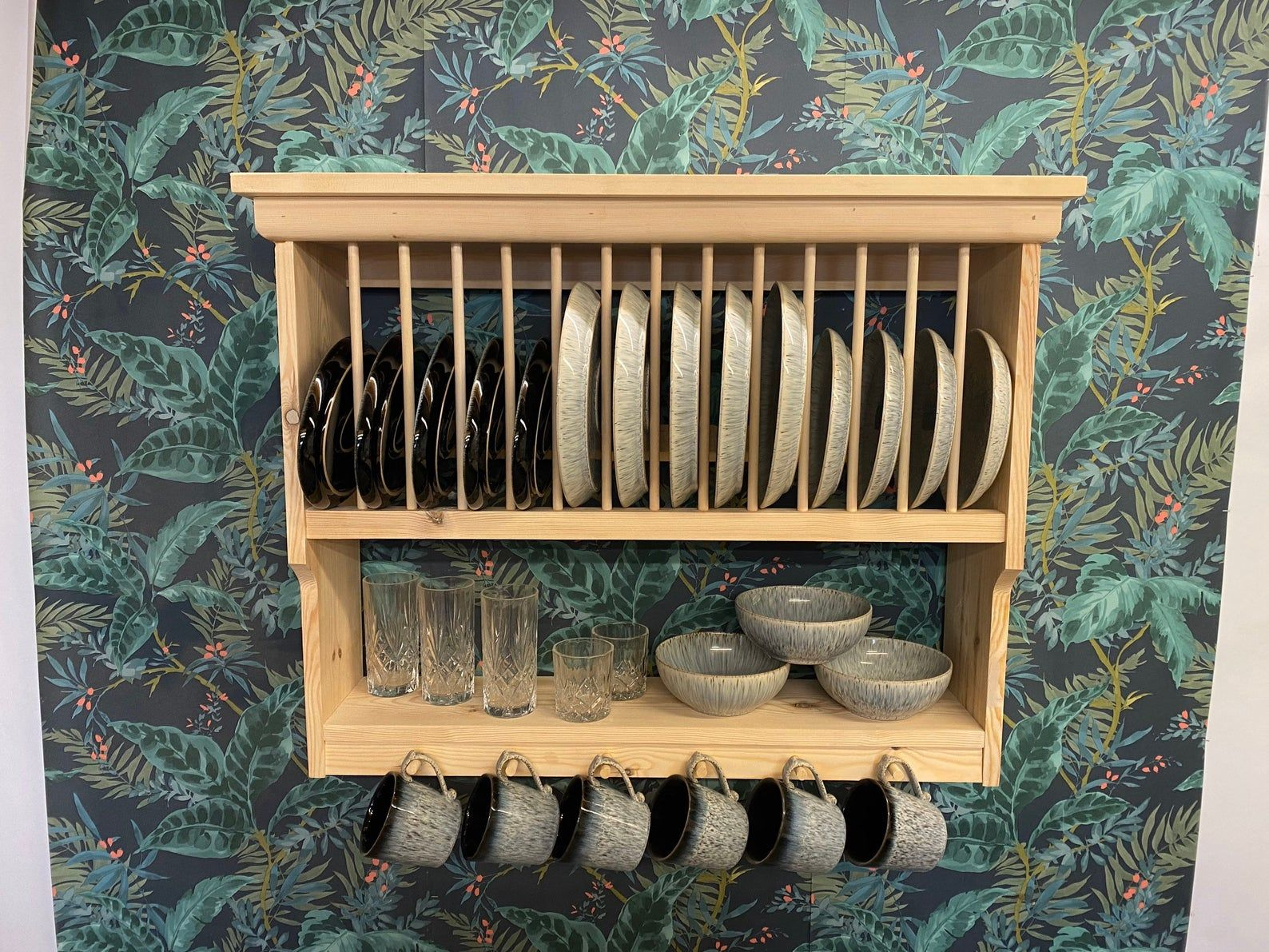 The Rochester natural pine handmade plate rack storage
