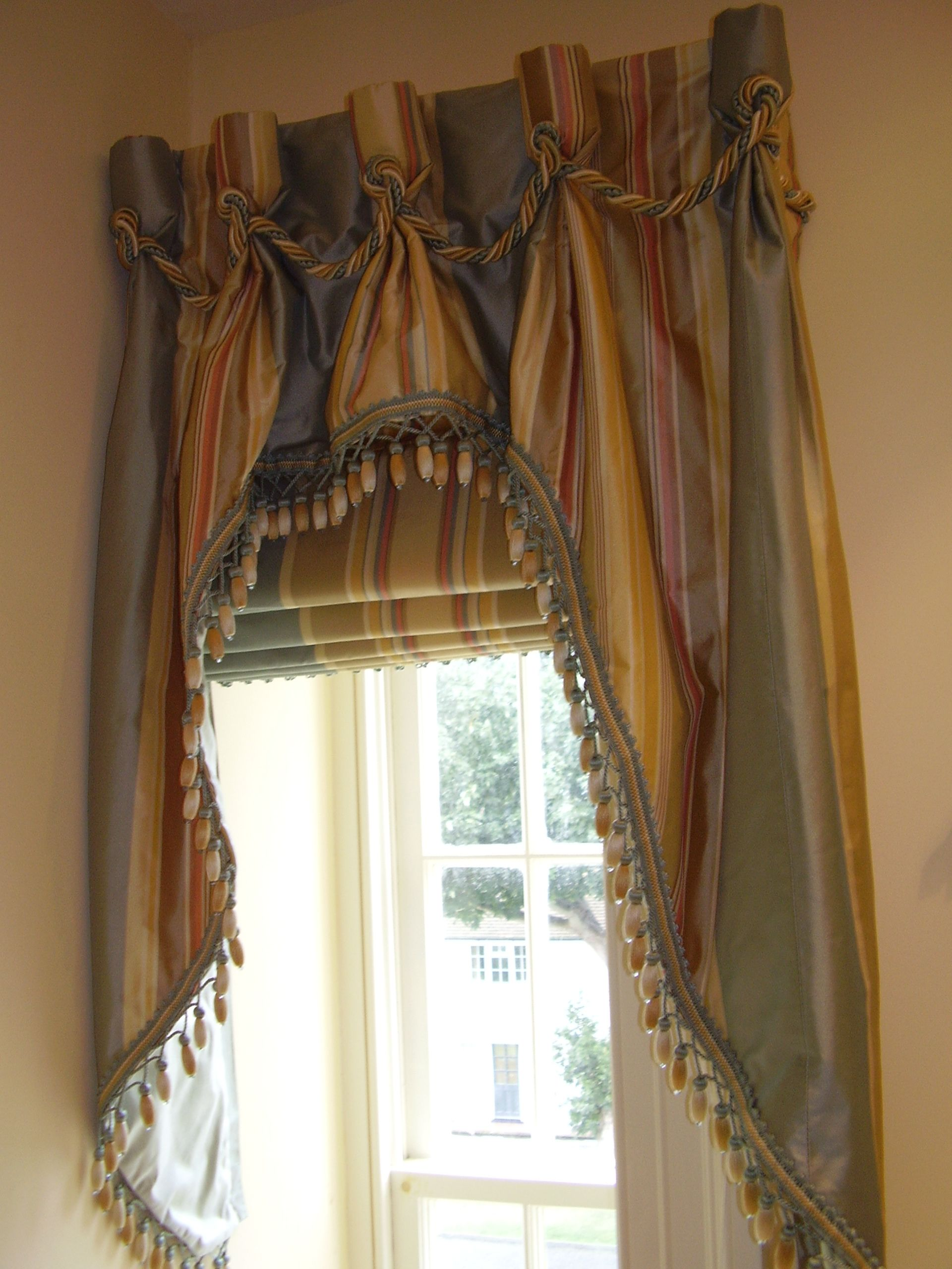 Curtains Valances Pelmets Roman Blinds Roller Blinds